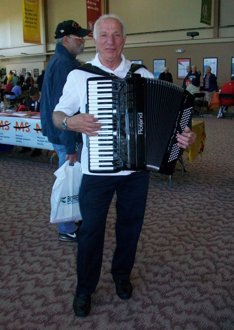 Lou at Senior Expo Sept 2014